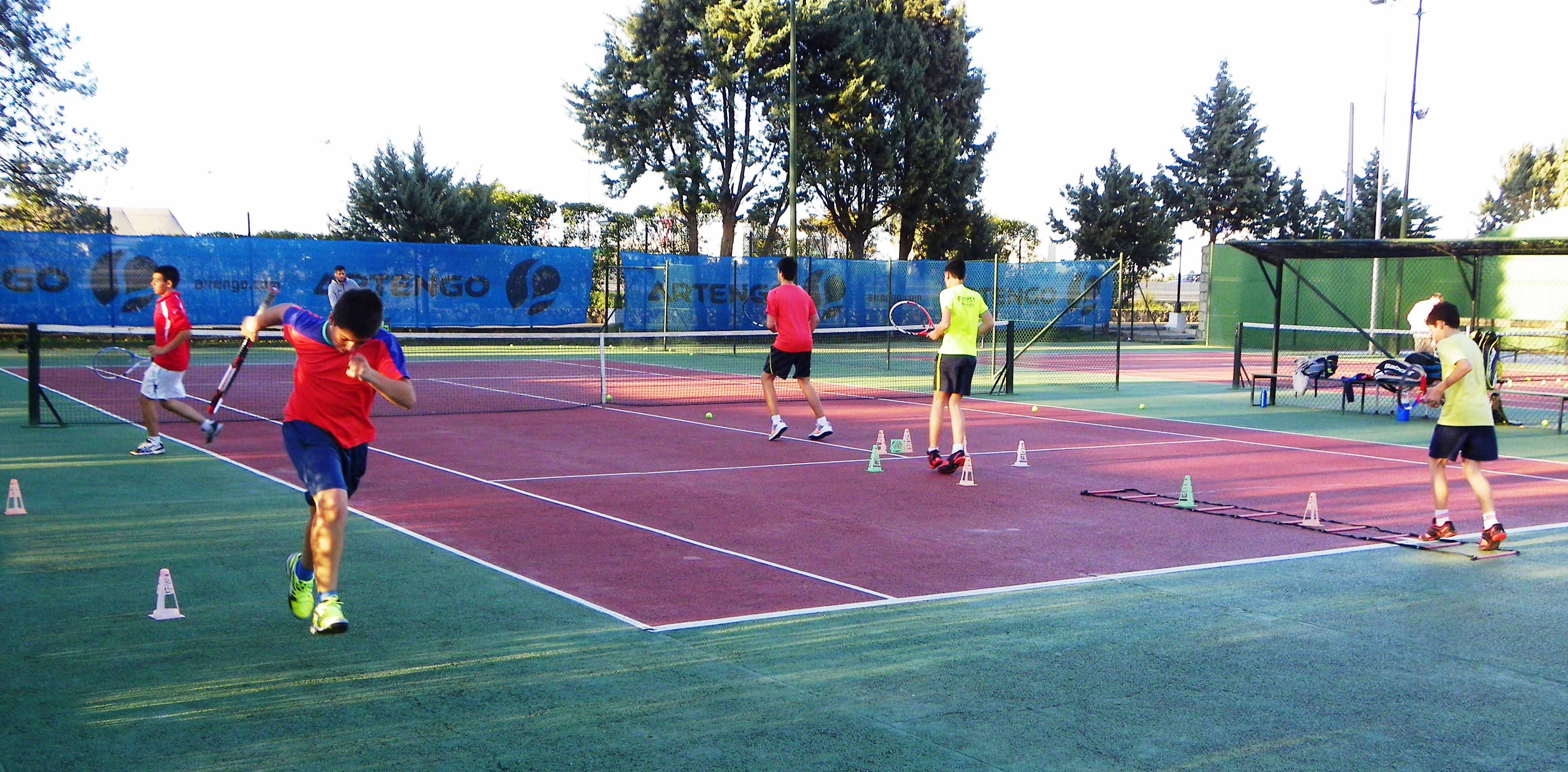 Colegios ciudad deportiva jarama for Padel san sebastian de los reyes