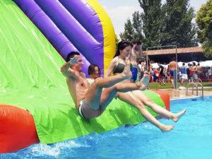 Organizacion Family Day para empresas con piscina